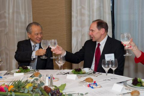 Amb. Cui Tiankai and USCBC Chair and Procter & Gamble Chair, President, and CEO Robert A. McDonald at a welcome dinner for the new ambassador.
